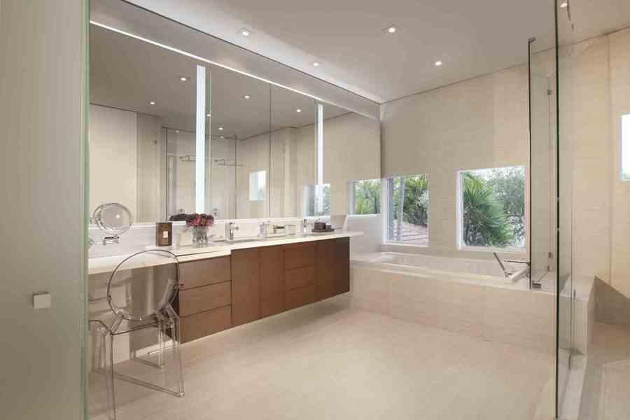stunning faux plafond miroir simple faux plafond salle de bain spot with spot faux plafond salle de bain - Faux Plafond Salle De Bain Spot