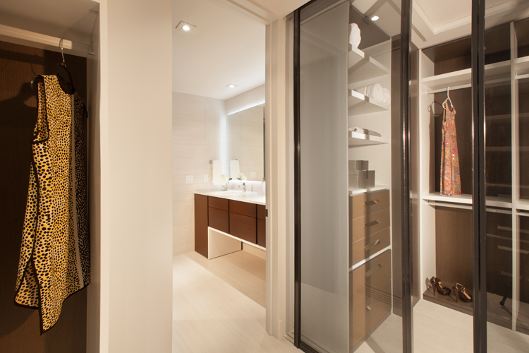 Miami_Residential_Interior_Design_MasterCloset_Optimized