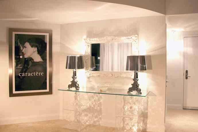 russian-glam-foyer-after-1