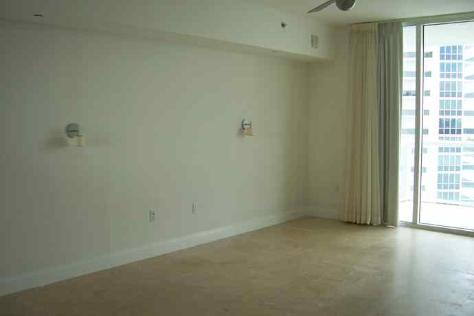 russian-glam-masterbedroom_before-1