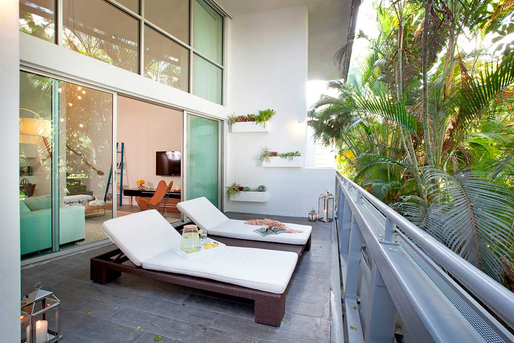 Design Ideas for a Vibrant Outdoor Living Space