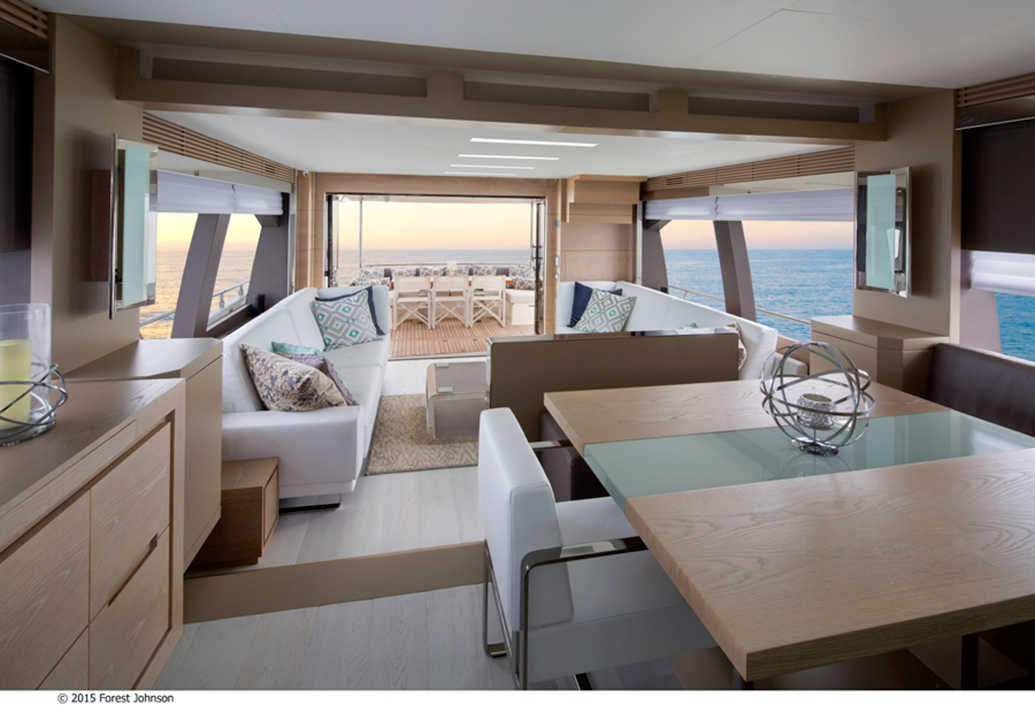 Luxury interior design for waterfront homes and yachts for Interior yates de lujo