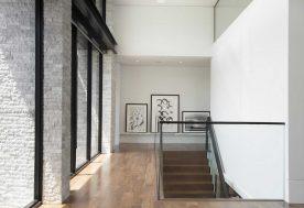 3 DKORInteriors ContemporaryWatefrontElegance Staircase