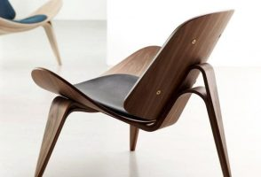 Iconic Modern Designs: The CH07 Shell Chair