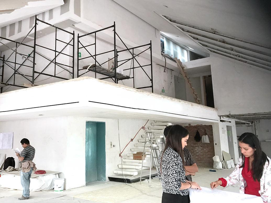 Anahi Carrillo on the job site - Polanco, Mexico City