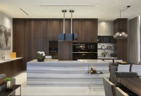 Luxe Waterfront Kitchen