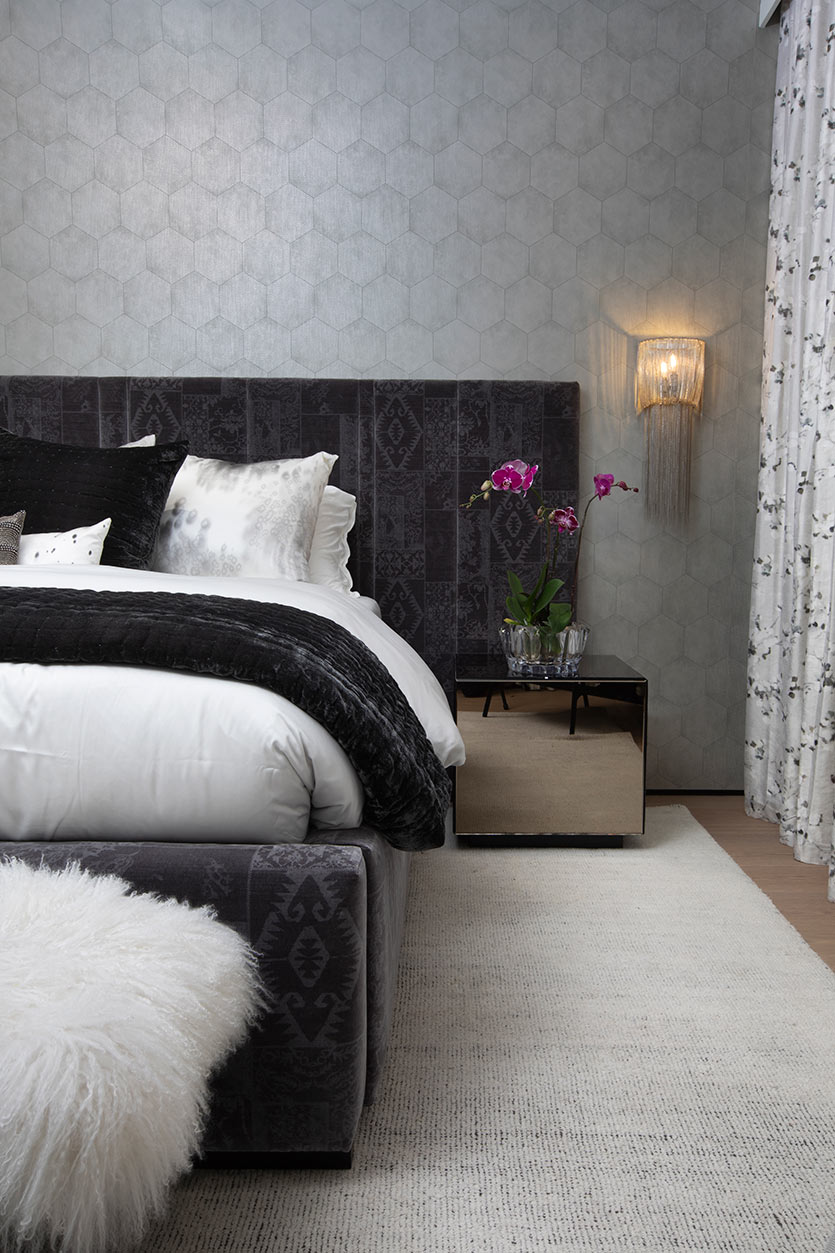 Custom bed design by Miami Designers