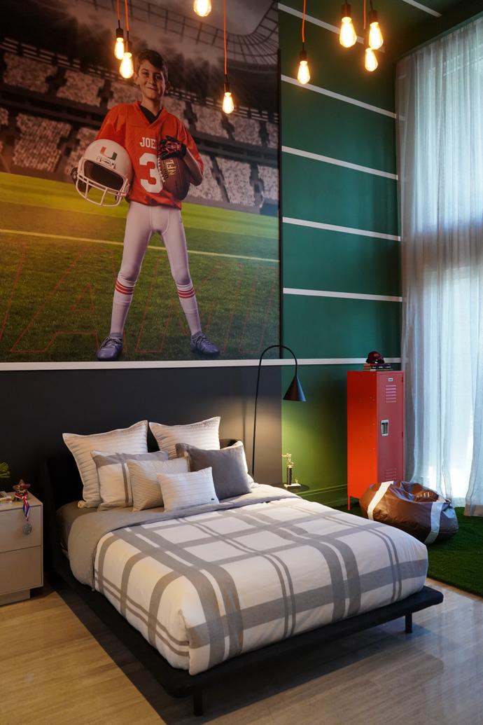 Football Decor: Boys' Bedroom Interior Inspiration by ...