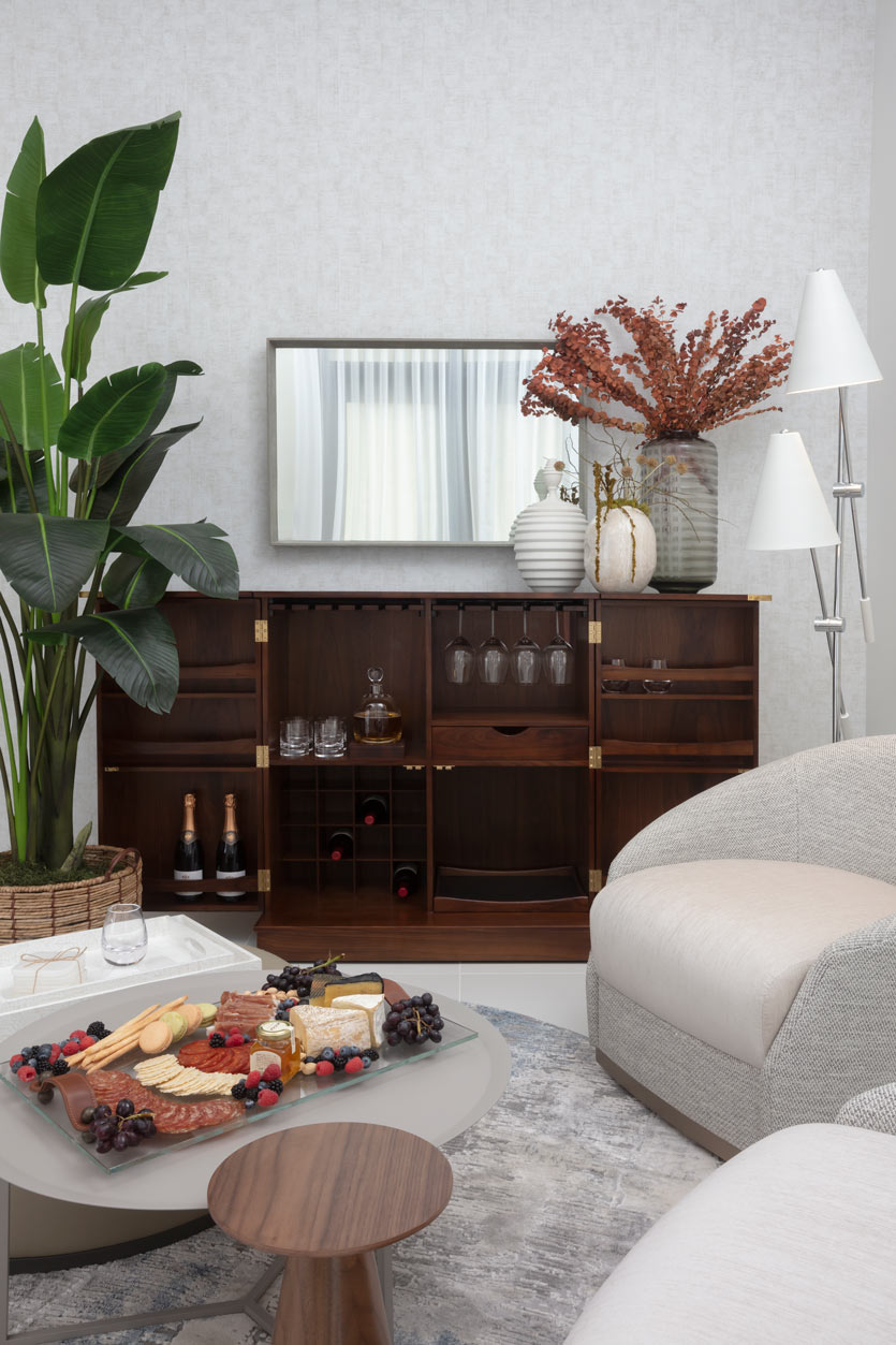 decorating with flowers your home bar