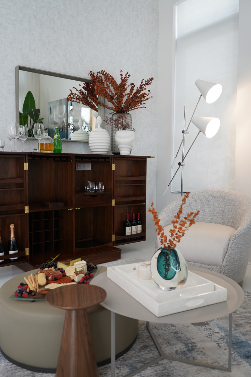 Mini Bar at Home with Space and Decor