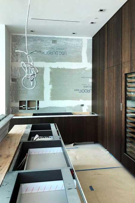 Luxe Waterfront Condo Kitchen